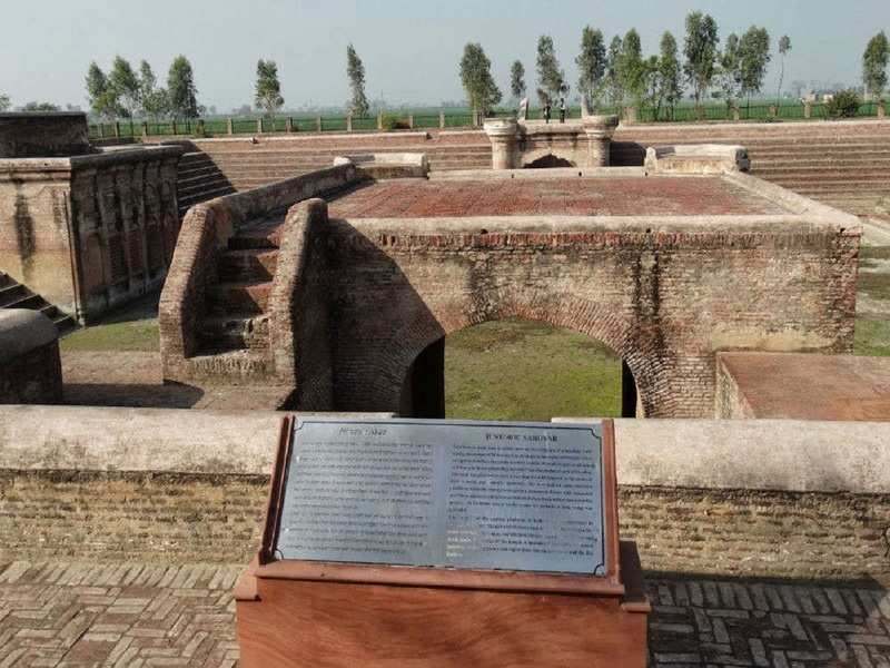 The historical site of Pul Kanjri is near Wagah border
