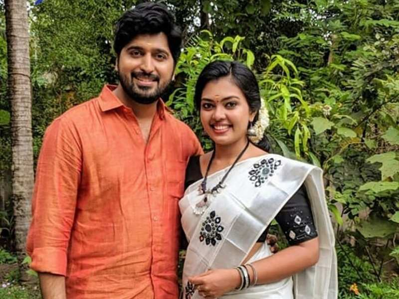 Poll Alert: Netizens chose Abhimanyu and Samyuktha of Pookkalam Varavayi as their favourite reel-couple