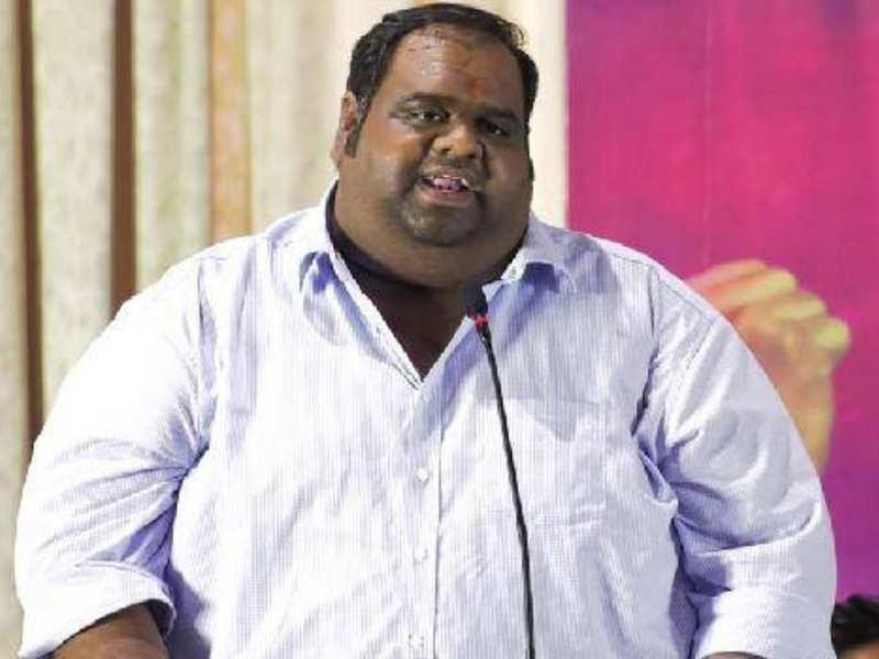 Kavin's film producer Ravindar promises to take care of Vanitha Vijayakumar's daughters expenses