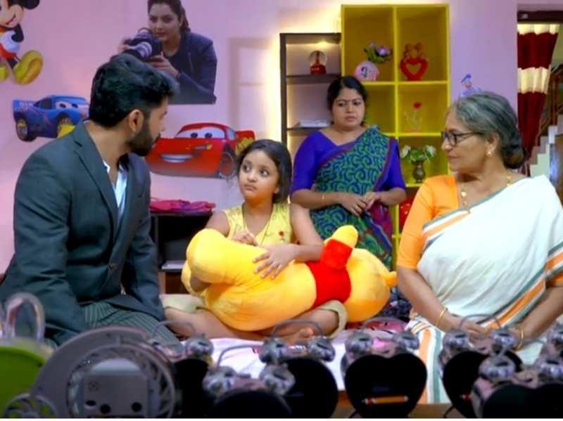 Kasthooriman: Riya gives a tough time to Jeeva and Achamma