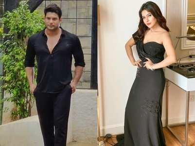 Sidharth twins in black with Shehnaz; pics