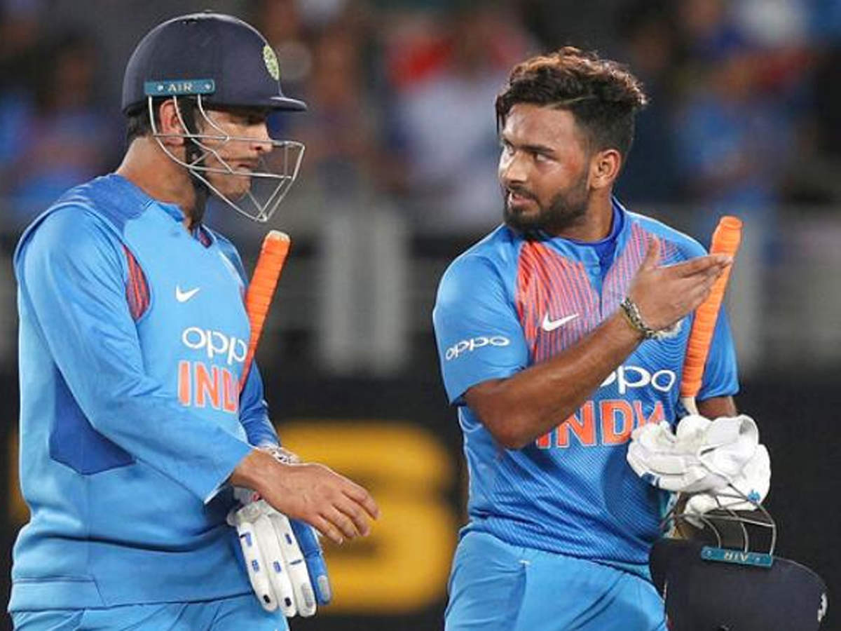 Rishabh Pant refers to MS Dhoni as his favourite batting partner | Cricket  News - Times of India
