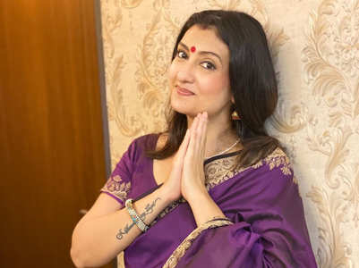 Juhi Parmar celebrates Kumkum's 18 years