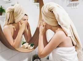 Natural face scrubs you can make at home
