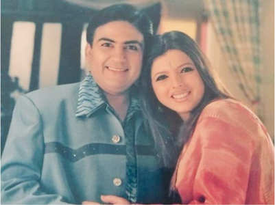 Delnaaz shares old photo with Dilip Joshi
