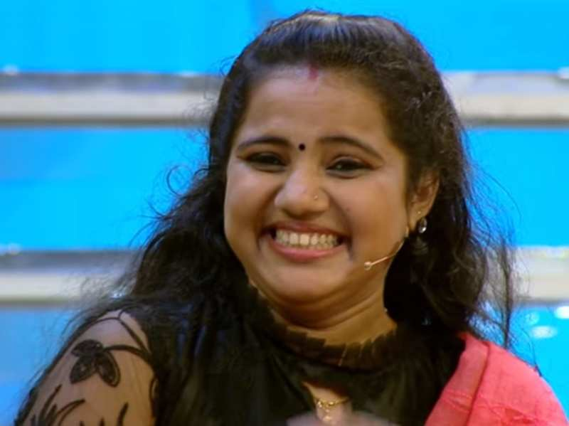 Star Magic welcomes school teacher Sai Swetha who became Kerala's latest sensation