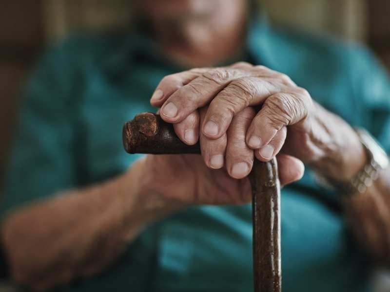 Ältere fühlen sich in der Sperre am einsamsten, findet Studie