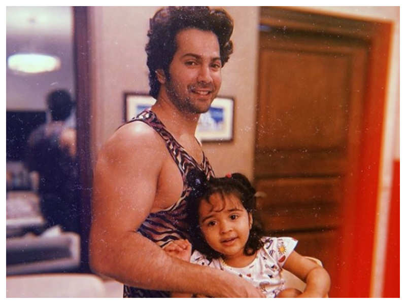 You just cannot get over this adorable picture of Varun Dhawan with his niece Niara