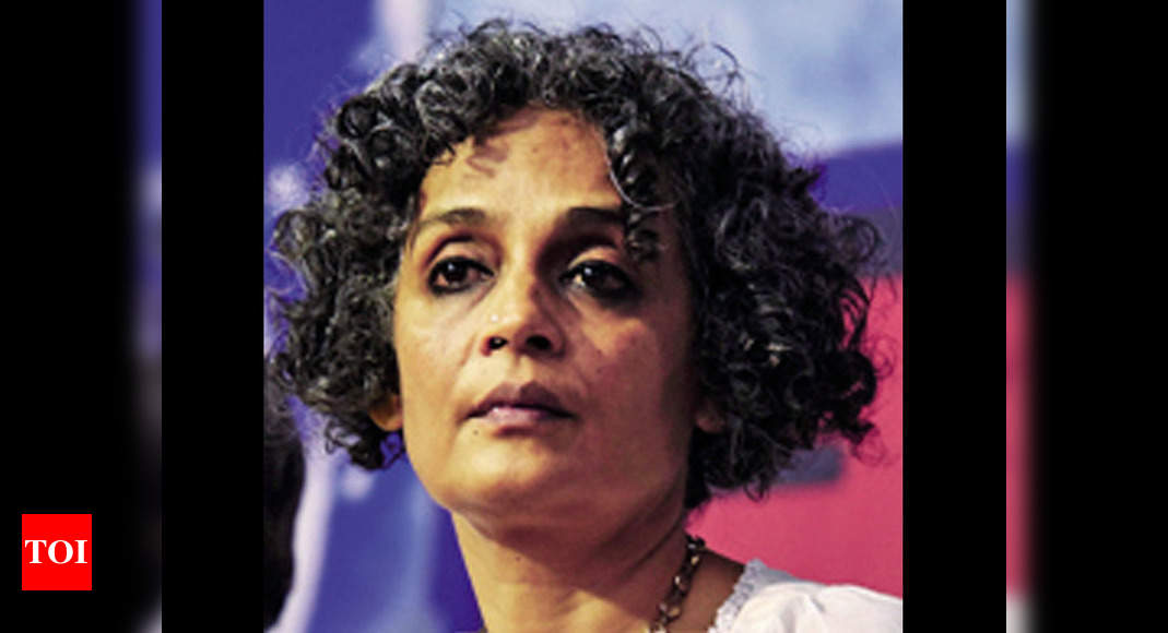 Broken Republic: Three Essays by Arundhati Roy