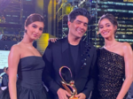 Manish with Tara Sutaria and Ananya Panday
