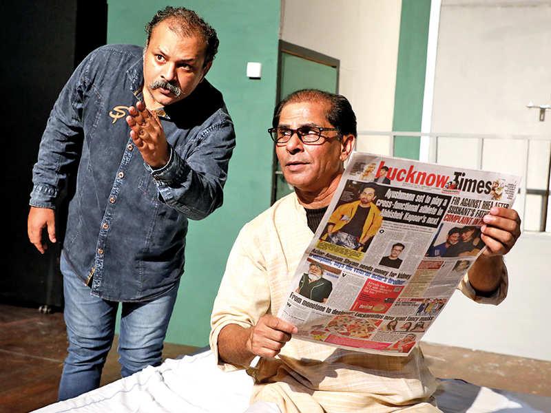 Subhadip Raha (L) directing Manoj Sharma in the play (BCCL)