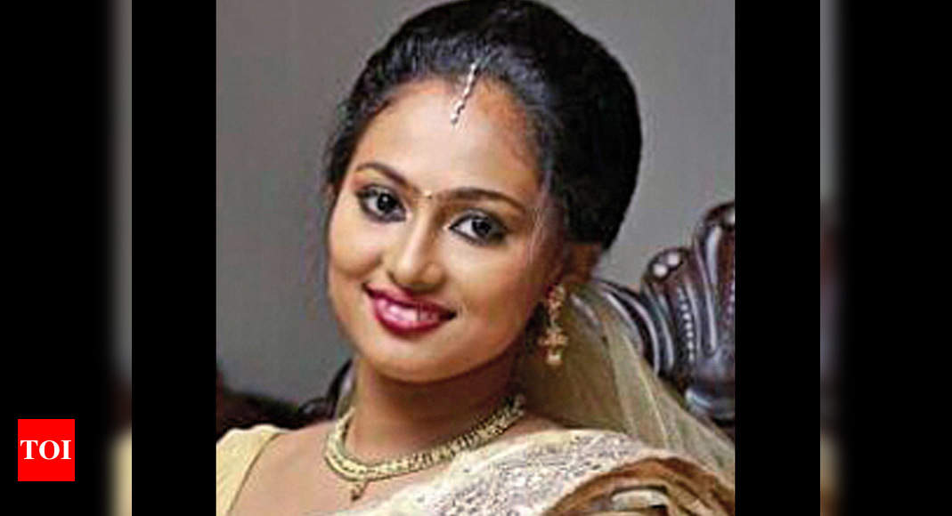 Malayali nurse stabbed, run over in US, hubby charged with murder ...
