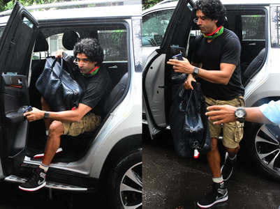 Photos: Farhan Akhtar spotted out in city