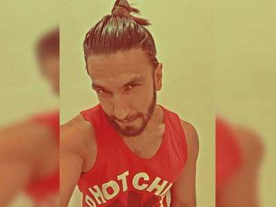 Photo: Ranveer Singh flaunts his man-bun