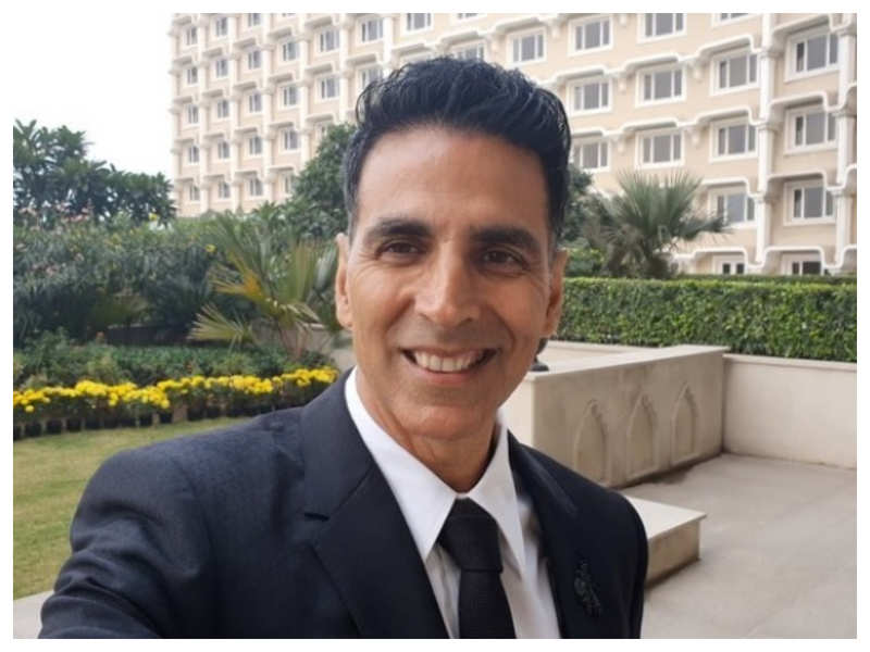 Akshay Kumar opens up about resuming work amidst the pandemic, says we can no longer live in fear