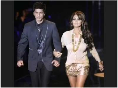 Gauri shares throwback pic with SRK