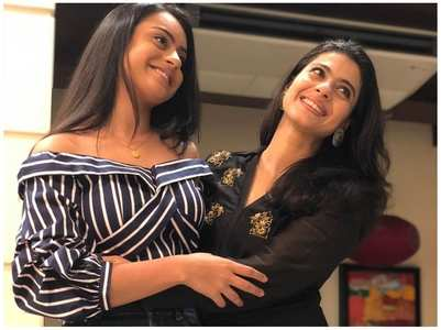Pics of Kajol  & daughter Nysa are unmissable
