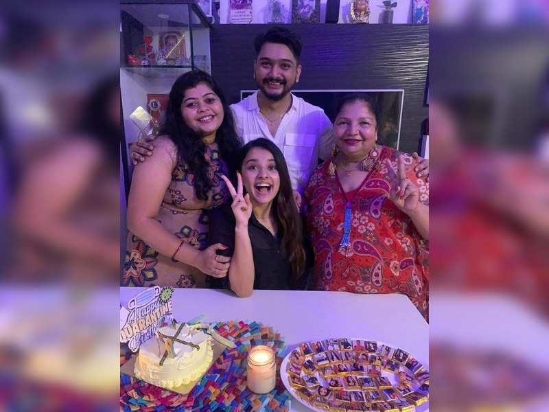 Mahima Makwana celebrates birthday with her family