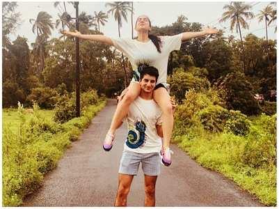 Pic: Sara Ali Khan with Ibrahim Ali Khan