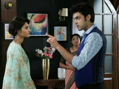Erica joins Parth on the sets of Kasautii