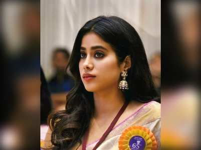 Pics: Janhvi Kapoor on National Handloom Day