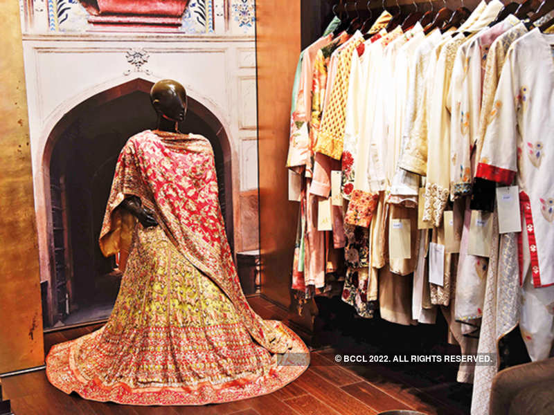 Covid 19 Lockdown Hits Fashion Industry Hard Designers Fear An Uncertain Future Times Of India