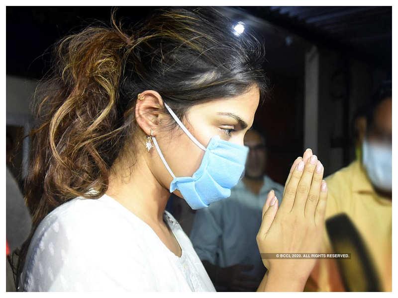 Sushant Singh Rajput case: Supreme Court to hear Rhea Chakraborty's plea on August 11