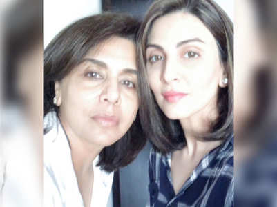 Riddhima posts Sunday selfie with Neetu