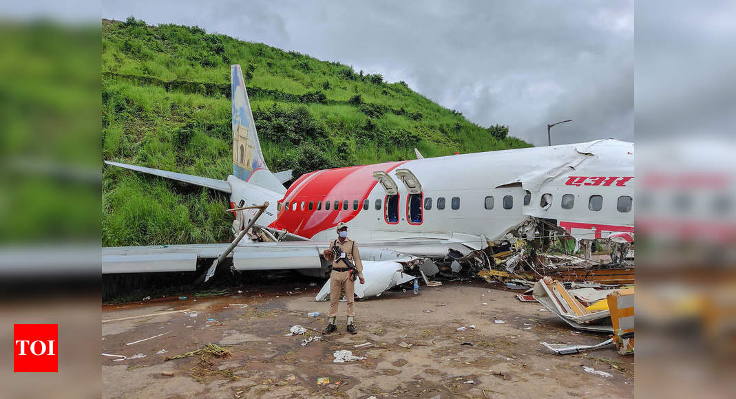 Kerala Plane Crash 14 Passengers Critical Probe Under Way To Determine Exact Cause India News Times Of India