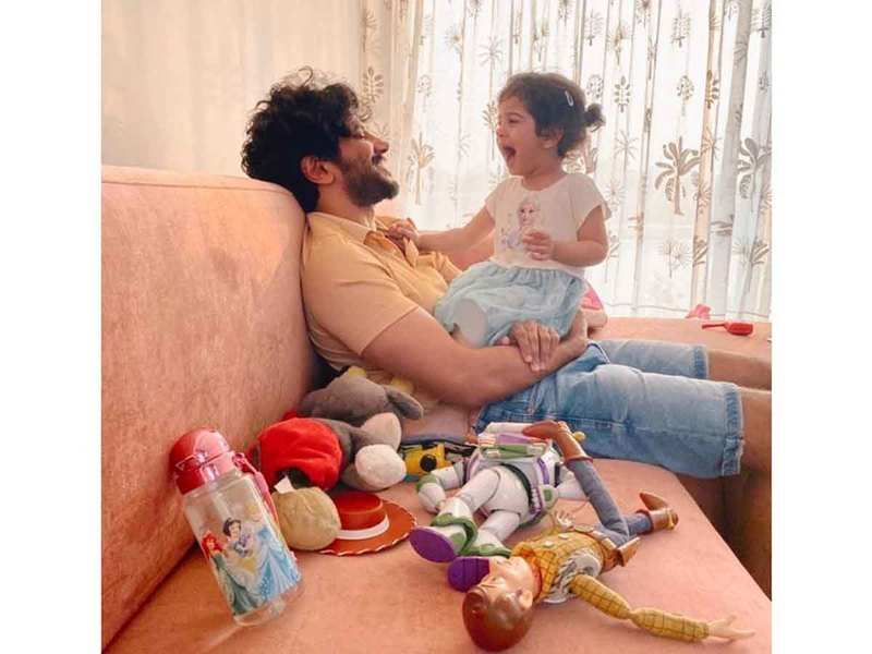 Dulquer Salmaan picks up paint brush again prompted by daughter