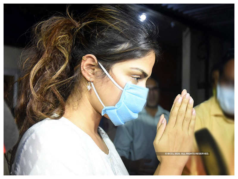 Sushant Singh Rajput case: Rhea Chakraborty's lawyer Shyam Divan says Patna FIR not connected with the incident, Bihar cops should've transferred case