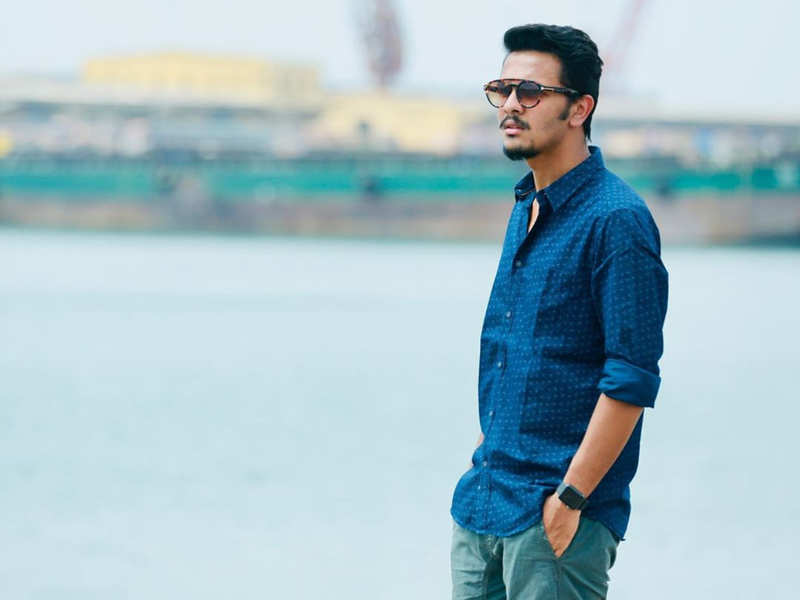 Dhanush's 'D43' director Karthick Narean's advice to aspiring newcomers