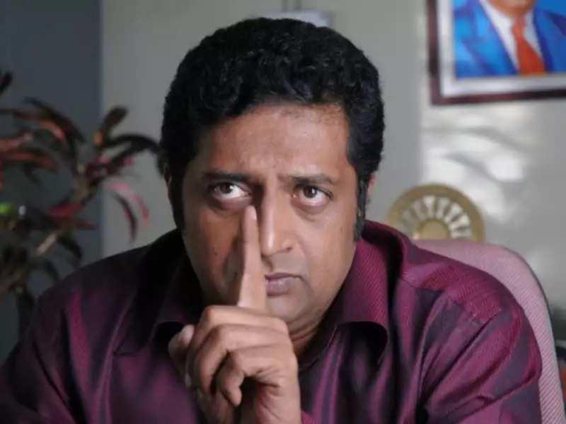 Actor Prakash Raj condemns Bangalore riots