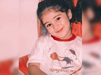 Ananya shares an adorable childhood picture