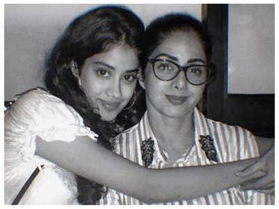 Pic: Janhvi Kapoor remembers Sridevi