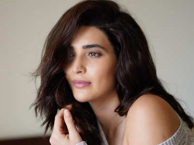 Karishma Tanna uses this plant from her garden on her face!
