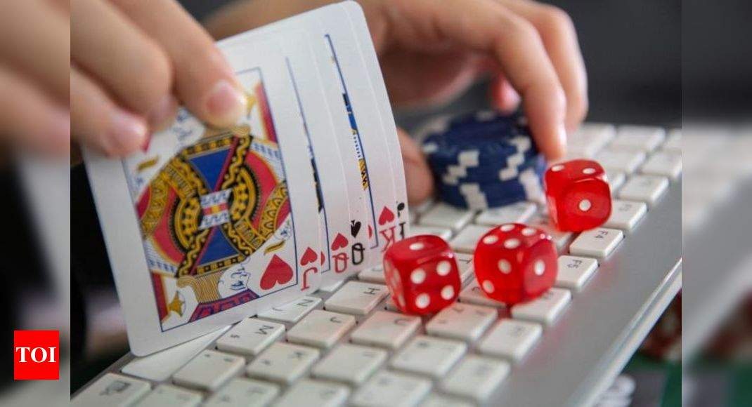Chinese national among 4 held for Rs 1,100cr online gambling racket | India  News - Times of India