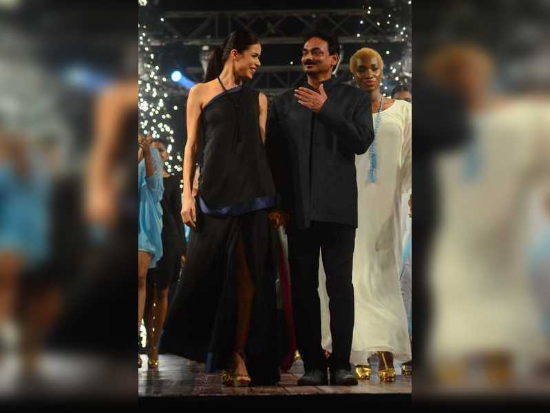 Goa S First Digital Fashion Week Pays Tribute To Designer Wendell Rodricks Times Of India