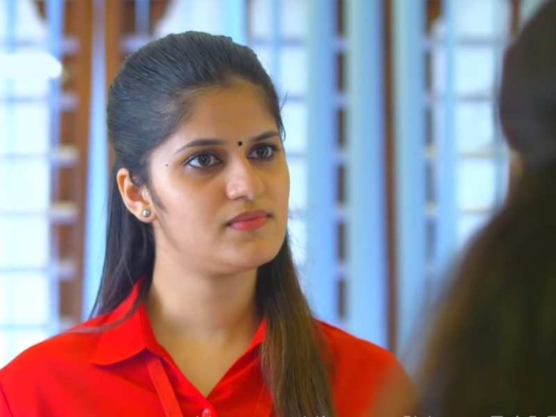 Neeyum Njanum: Sreelakshmi agrees to Sandra's shocking demand
