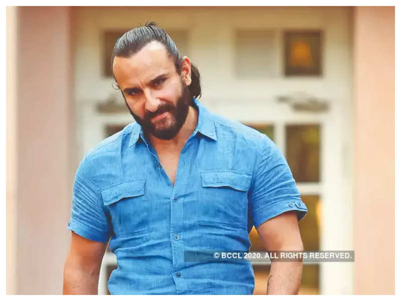 Saif Ali Khan regrets not going naked for 'Omkara' says he would have been  the first butt of Bollywood on screen   Hindi Movie News - Times of India