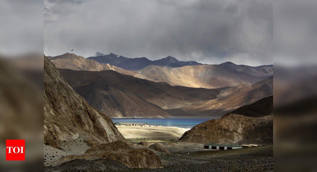 Indian Army beats Chinese troops, occupies strategic height near Pangong lake's southern bank: Sources - Times of India