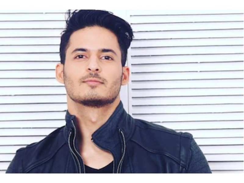Mohit Malhotra talks about the camaraderie he shares with co-star Hina Khan