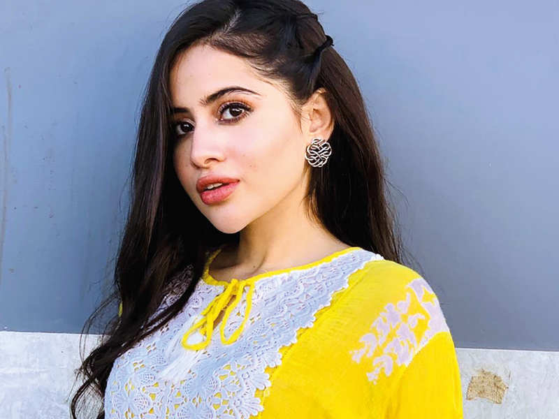Urfi Javed: My father's remarriage was a blessing in disguise for me: Lucknow actress Urfi Javed - Times of India