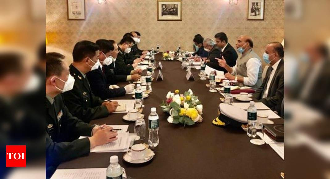 Rajnath Singh holds talks with Chinese defence minister in Moscow amid border tension in Ladakh - Times of India