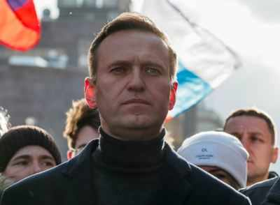 NATO says Russia must cooperate on probe into Navalny case
