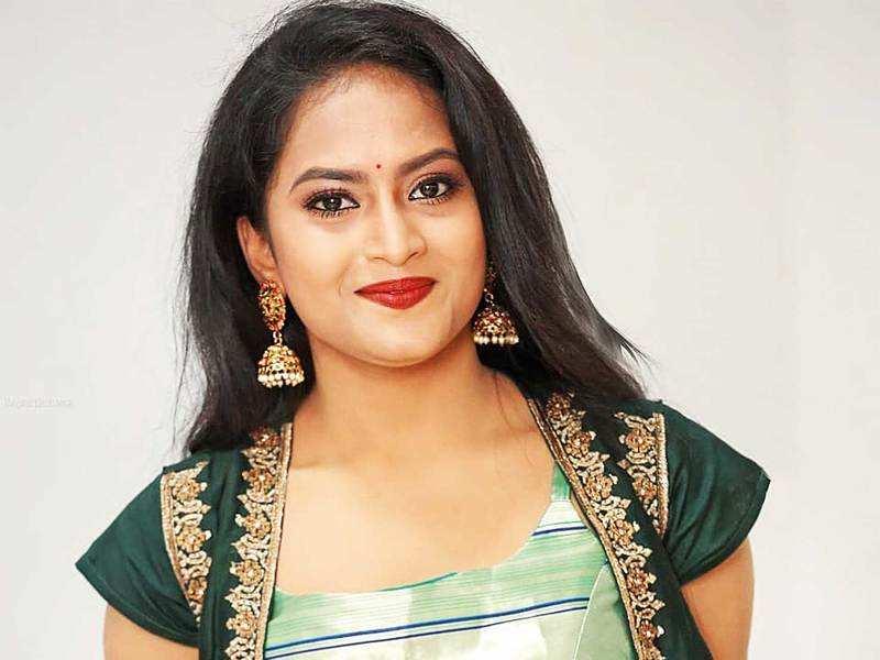 Television actress Sravani Kondapalli dies by suicide, family book a case against ex-boyfriend Devaraj Reddy