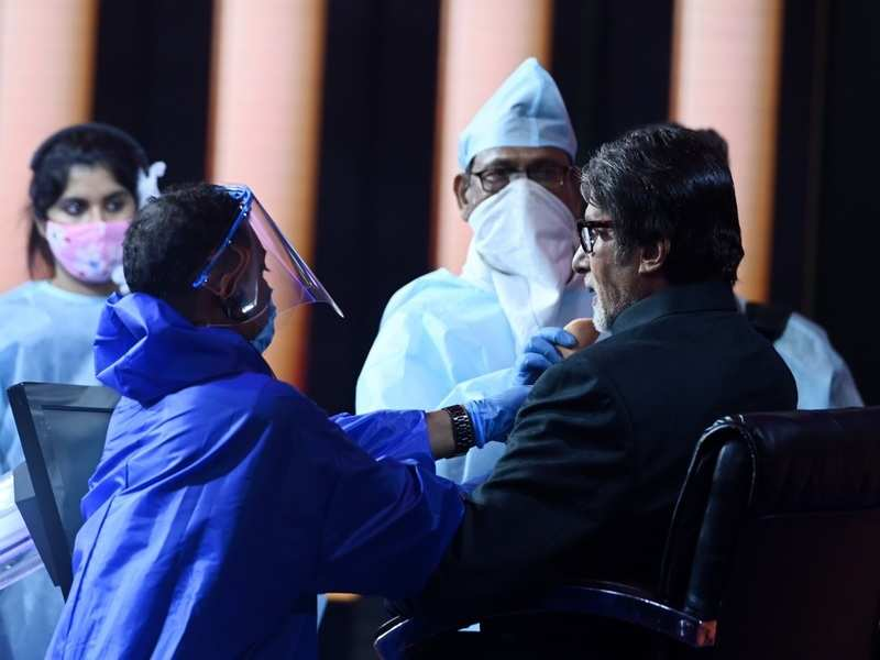 Kaun Banega Crorepati 12: Amitabh Bachchan assures 'concerned' fans about safety measures on set; shares photos