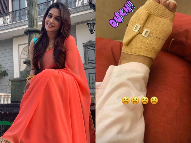 Dipika Kakar sprains her foot; shares bandaged picture