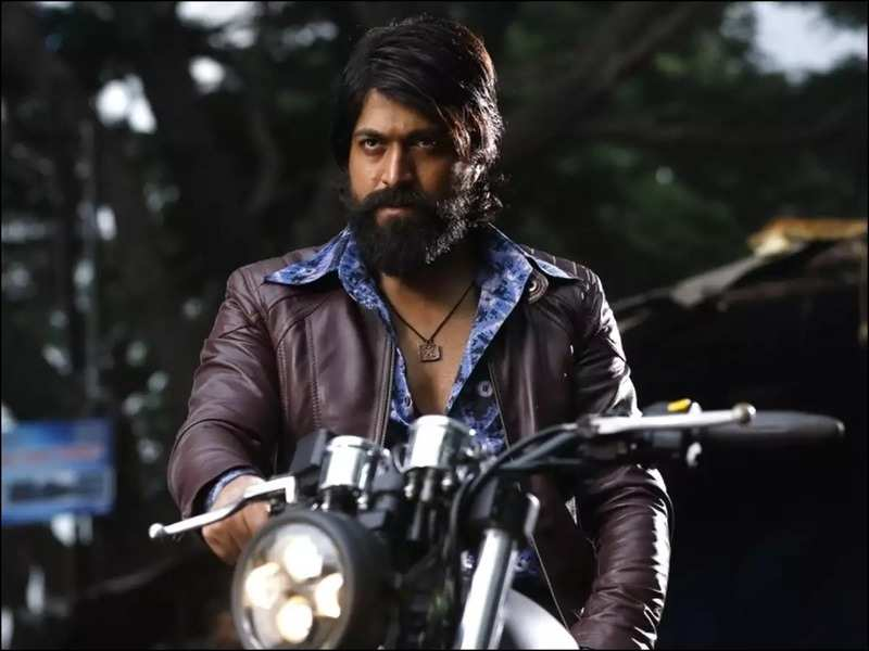 Yash is sweating it out in the gym to be back on 'KGF: Chapter 2' sets