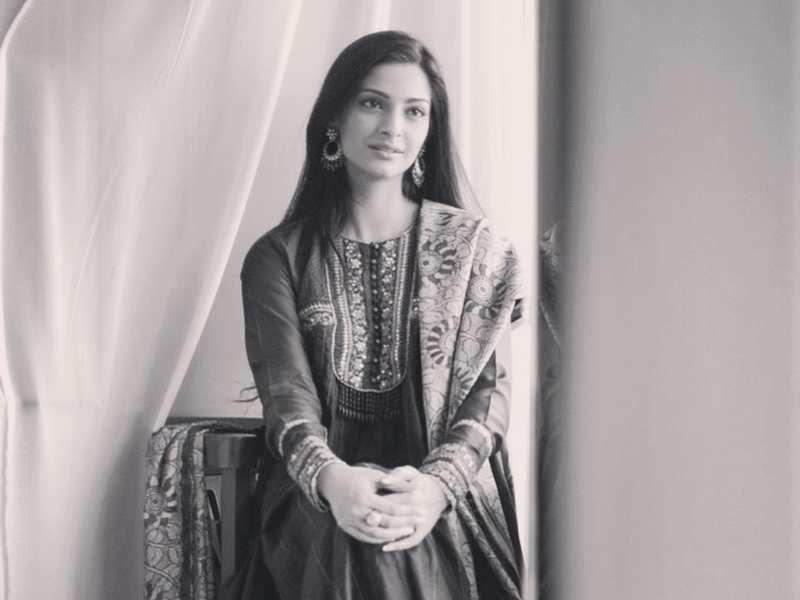 Picture Courtesy: Sonam Kapoor Instagram
